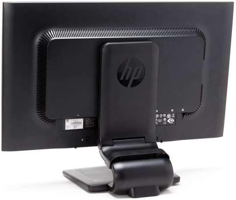 HP zr2330w monitor image 6