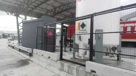 High Quality Fencing. image 6