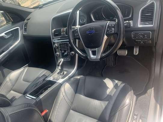 Volvo XC60 image 9
