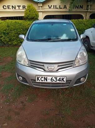 Nissan note 2010 silver