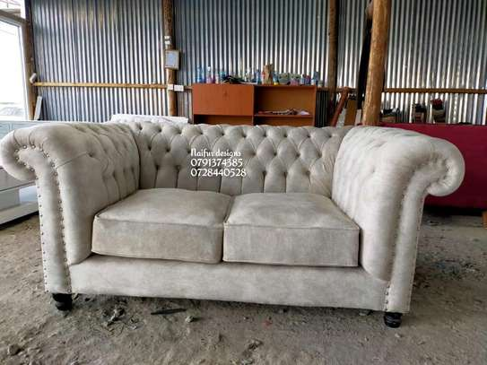 Chesterfield sofas (deep buttoned)/Two seater sofa/beige sofas image 2