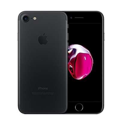 Iphone 7 - 2GB RAM - 32GB ROM - Apple A10 Fusion image 2