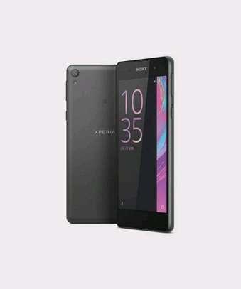 Sony Xperia E5 13MP – 16GB – 1.5GB RAM image 2