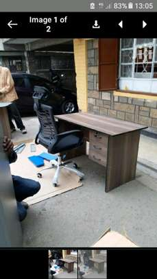 Office desk and headrest chair. image 2