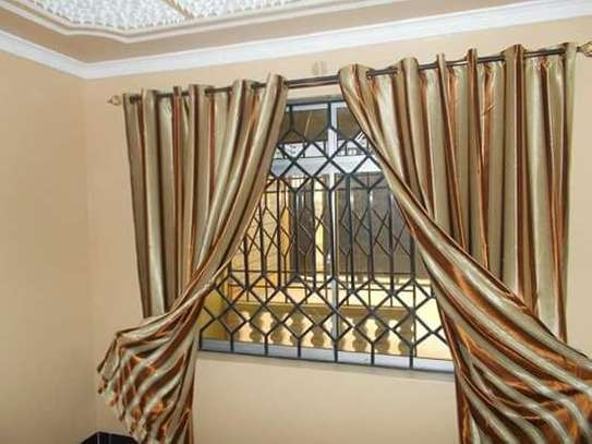 Window Curtains image 7