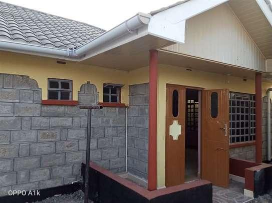 2 bedroom house for rent in Kitengela image 17