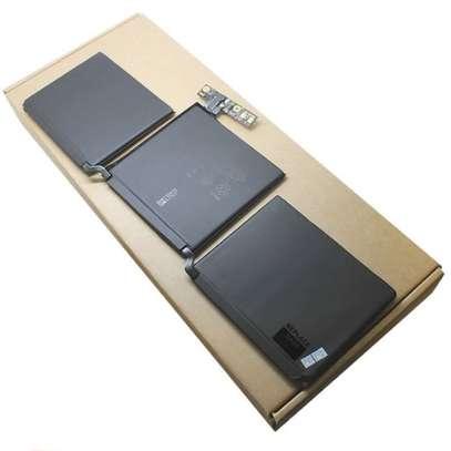 """Apple MacBook Pro 13"""" A1708 MLL42CH/A MLUQ2CH/A A1713 Internal Battery MacBook Battery In Nairobi Kenya image 1"""