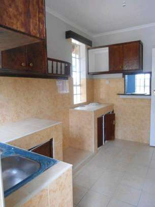 3 bedroom house image 7