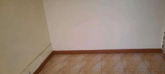 Office to let along utalii lane in nairobi  250sqf image 1