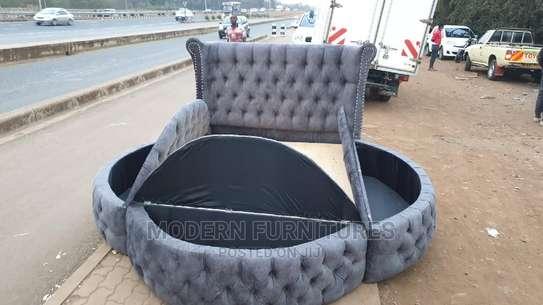 5/6 Modern Bed image 1