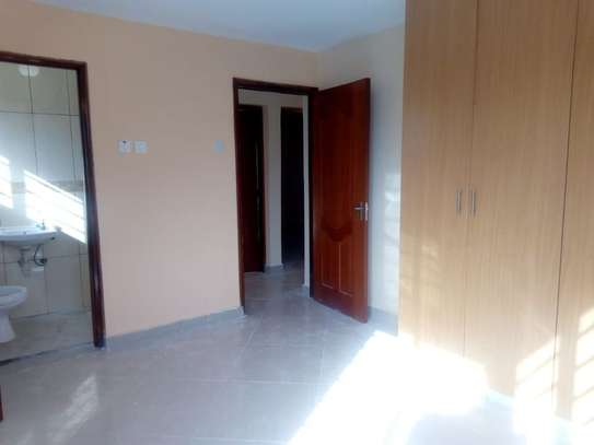 3 bedroom apartment for rent in Syokimau image 6