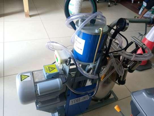 Milking machine image 2