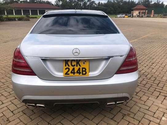Mercedes S-class image 4