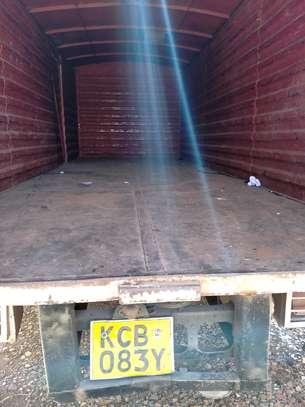 Ten tonnes Hino truck box cover body image 3