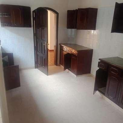 Spacious 3 bedroom apartment in Kileleshwa area image 3