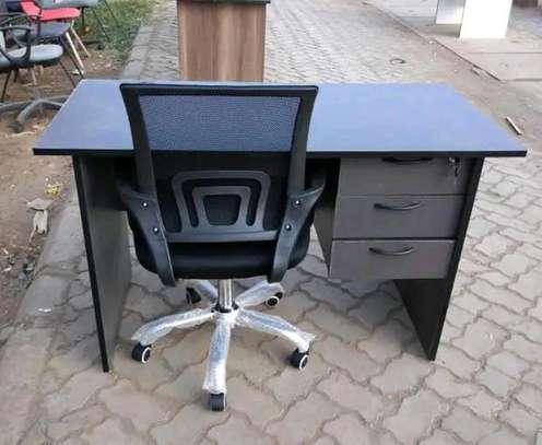Office desk for laptops PC placing plus a black swivel chair adjustable image 1