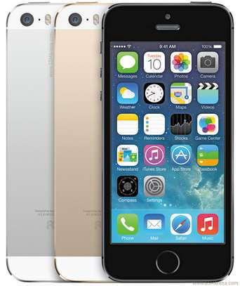 Apple iPhone 5S 32GB Refurbished (Boxed and sealed) image 1