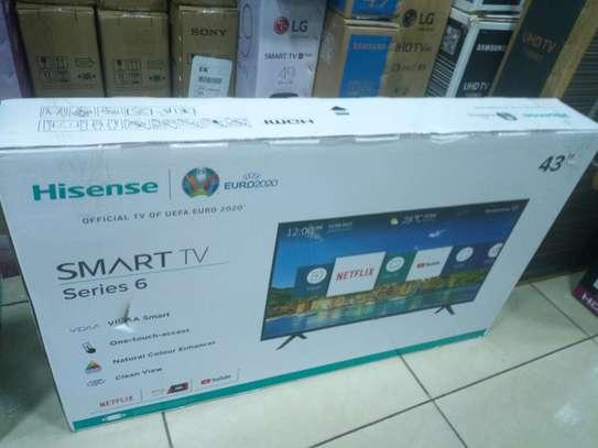 Hisense 43Smart Full HD TV Series 6 image 1