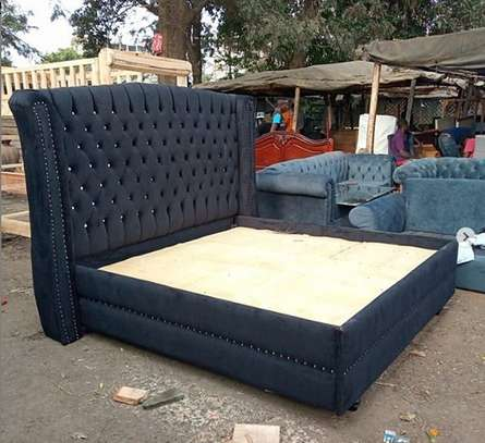 Modern Buttoned Bed