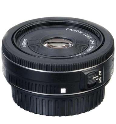 Canon EF-S 24mm f/2.8 STM Lens image 3