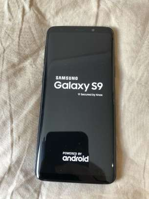 Used Samsung Galaxy S9 Good Condition with Accesories