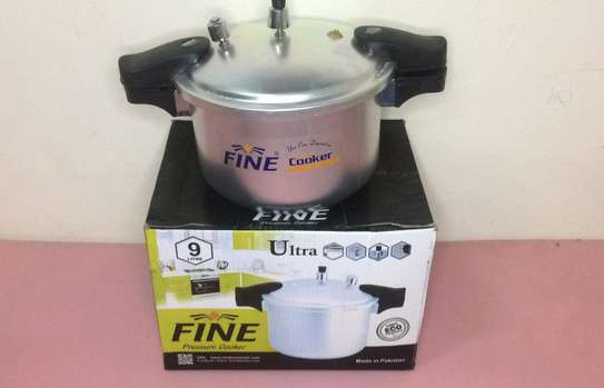 Pressure Cooker Europe Quality 9 Litres image 1