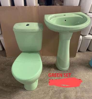 Close couple toilet & sink set image 7