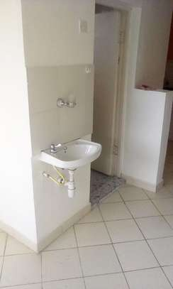 1 bedroom house to let in Garden Estate. image 8