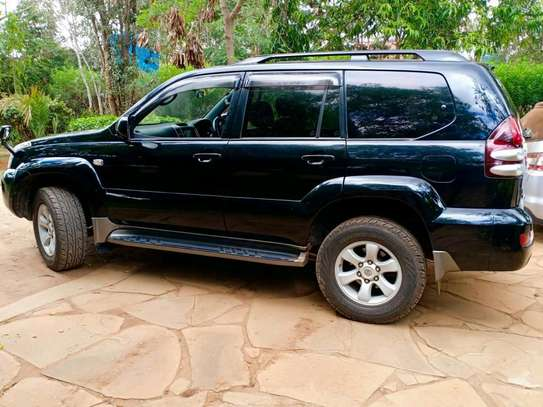Toyota Prado image 3