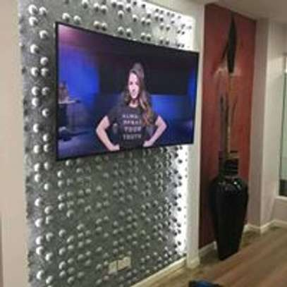 TV Mounting & Installation Service image 3
