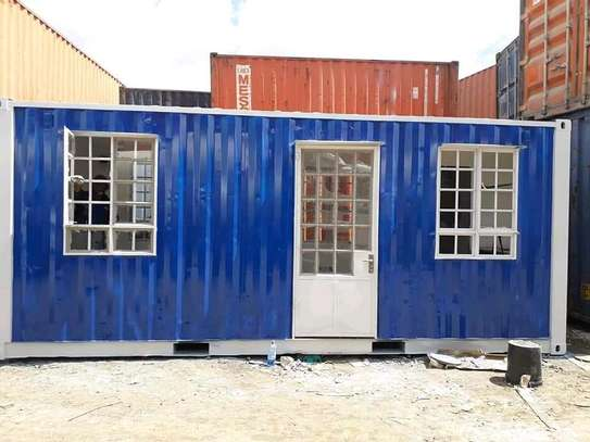 20ft and 40ft Containers for sale image 3