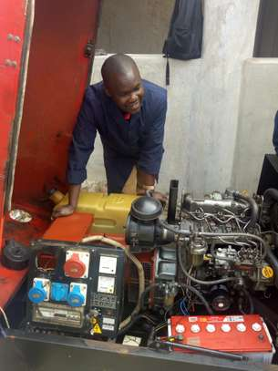 Generator Repair & Emergency Power maintenance training image 3