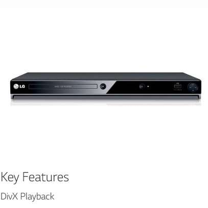 LG DV522 REGION FREE DVD PLAYER FOR 110-240 VOLTS