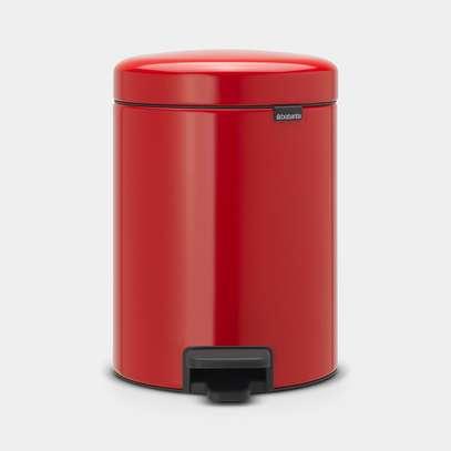 Newicon Pedal Bin 5L – Passion Red image 1