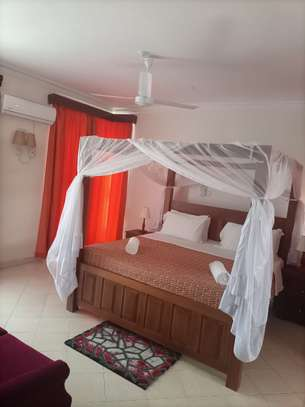 3 br fully furnished apartment to let in Nyali- Shikara Apartment. Id no AR22 image 9