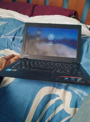 Lenovo IdeaPad 100s image 2