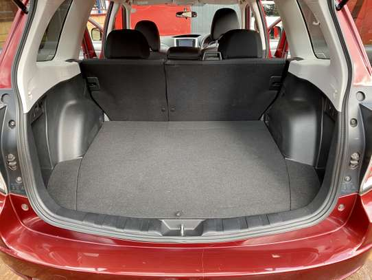Subaru Forester 2.0 Automatic image 8