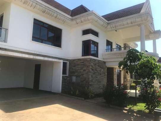 Karen - House image 1