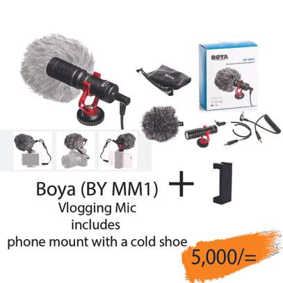 BOYA BY-MM1 Video Microphone Youtube Vlogging Facebook Livestream Recording Shotgun Mic for iPhone HuaWei Smartphone DJI Osmo Mobile 2,for ZHIYUN Smooth 4