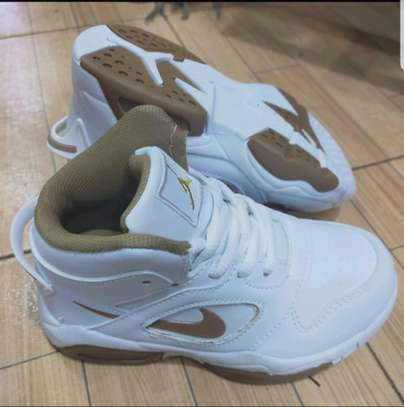Jordan Make Sports Shoes image 4