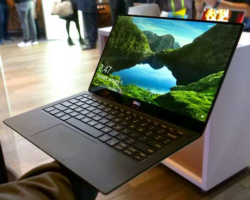 Dell xps 13 Core i5 4k display slim, free 1TB disk offer image 1