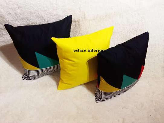 ELEGANT THROW PILLOWS image 4