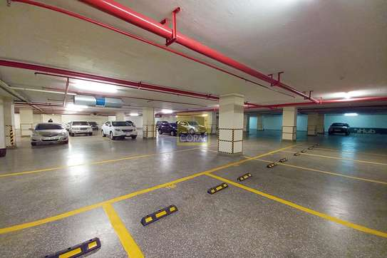 7200 ft² office for rent in Kilimani image 19