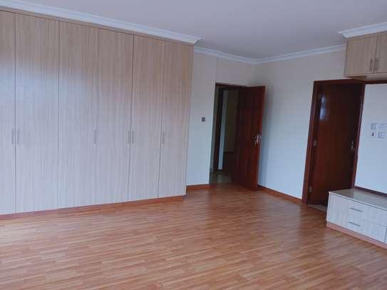 3 bedroom apartment for rent in Kileleshwa image 9
