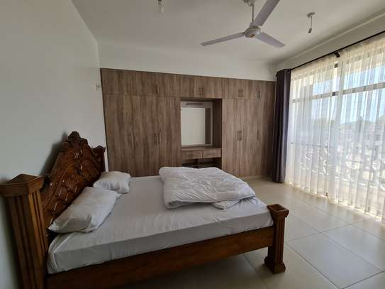 Furnished 3 bedroom apartment for rent in Nyali Area image 12