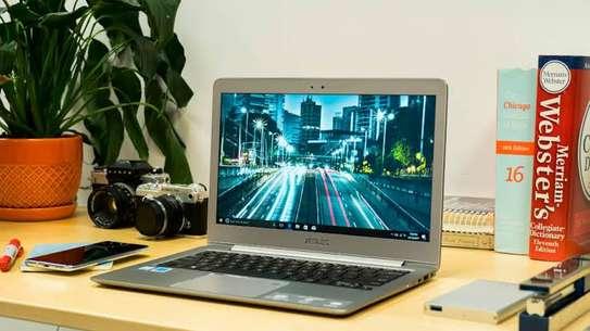 Slim laptop Asus zeinbook image 1