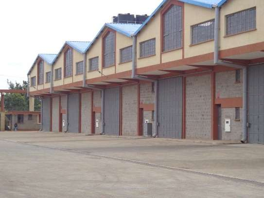 8200 ft² warehouse for rent in Juja image 9