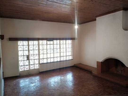 4 bedroom house for rent in Loresho image 15