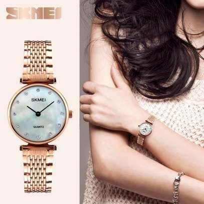 Skmei Women Fashion Luxury Gold Watch 1223 image 2