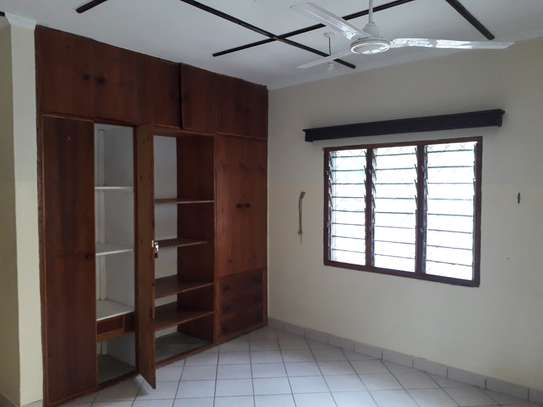 2 Bedroom HOUSE  FOR RENT image 6